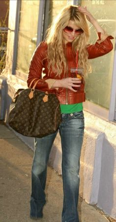 Jessica Simpson - love her style!