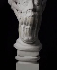 Inspired by traditional Chinese craftsmanship, Li Hongbo re-carves classical sculptures using thousands of sheets of paper with astounding results. Contemporary Art Artists, Chinese Contemporary Art, Chinese Art, Photo Sculpture, Sculpture Art, Paper Sculptures, Chinese Paper Lanterns, Inspirational Artwork, Pattern Paper