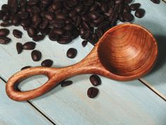 The Simple Scoop in Maple a beautiful scoop for by OldWorldMarket, $18.00