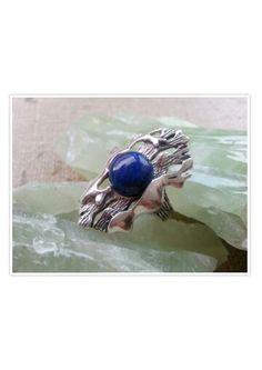 Modern designs .. filigree Sterling Silver Lapis Lazuli ring