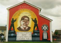 Ulster Freedom Fighters Mural .... [UDA] Lower Shankill Road ... In Memory Of Stevie [Top Gun] McKeag Top Gun, Freedom Fighters, Belfast, Northern Ireland, Wall Murals, Scenery, The Past, Red, Murals