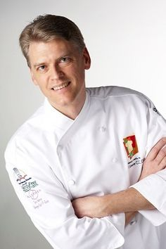 Disney World Food Allergy Pioneer Trains Chefs on becoming Allergy-friendly