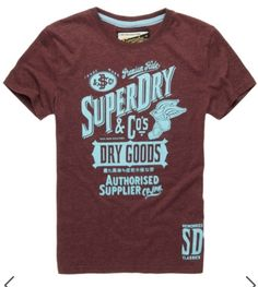 From plain to printed and long sleeved to v neck, our wide range of mens t-shirts have something for everyone. Shop Superdry t-shirts! Cool Tees, Cool T Shirts, Tee Shirts, Love T Shirt, Shirt Style, Superdry Style, Screen Printing Shirts, Look Vintage, Fashion Graphic