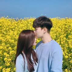 You learn what love is at the same time and you know what hate is. Couple Aesthetic, Korean Aesthetic, Romantic Couples, Cute Couples, Friend Tumblr, Asian Love, Korean Couple, Ulzzang Couple, Fashion Couple