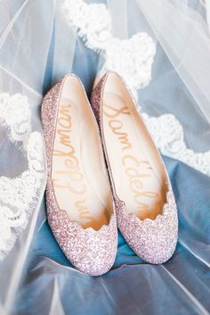 pink #sparkle wedding #shoes @weddingchicks