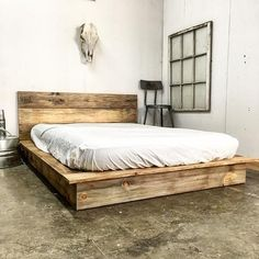 Low Pro - Rustic Modern Platform Bed This modern rustic platform bed is perfect for any home, from country cottage to city loft. We at Urban Billy spe Furniture, Bedroom Design, Beds And Headboards, Bedroom Furniture, Platform Bed Designs, Bed Styling, Diy Bed Frame, Bed Frame And Headboard, Bed Plans