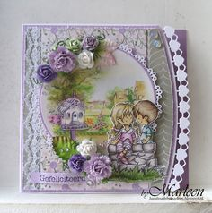 Handmade card by DT member Marleen with Creatables Hearts and Cotton Lace border (LR0413), Craftables Basic - Round (CR1331), PL Algemeen (PL1516) and paper flowers from Marianne Design