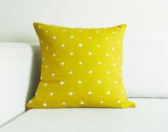 Golden Plus Linen Pillow Cover - 18.5 x 18.5 in.