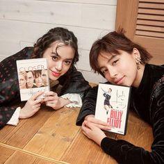 ラブリ野崎智子NYLONがコラボするラジオ番組it girl café at TOKYOは明日オンエア渋谷MODIのHMV&BOOKS TOKYOに潜入して映画好きな2人がオススメ作品をシェア NYLONでは2人がセレクトしたサイン入りDVDを各1名様にスペシャルプレゼントラブリモコへの質問をコメント欄に書いてDVDをゲットして 放送スケジュール 毎週土曜日 FM岩手FM新潟 19:0019:25 FM群馬FM長野 20:3020:55 毎週日曜日 FM栃木 8:308:55 radiko.jpにアクセスすれば全国から視聴可能 #itgirlcafeattokyo #loveli #tomoconozaki #nylonjapan #nylonjp #nylon #caelumjp #radiko  via NYLON JAPAN MAGAZINE OFFICIAL INSTAGRAM - Celebrity  Fashion  Haute Couture  Advertising  Culture  Beauty  Editorial Photography…