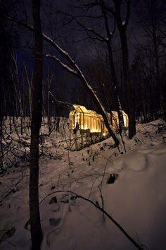 Shukaijo, un refugio mágico en el bosque creado por el artista y diseñador Hidemi Nishida. - diariodesign.com