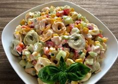 Sałatka z tortellini i pysznym sosem Best Appetizer Recipes, Best Appetizers, Grilling Recipes, Salad Recipes, Cooking Recipes, Tortellini, New Year's Food, Pasta Salad, Food And Drink