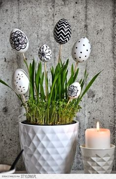 45 Next-Level Easter Eggs Decoration Ideas and Projects - Hercottage Egg Crafts, Easter Crafts, Diy And Crafts, Easter Decor, Easter Specials, Diy Ostern, Easter Flowers, Flower Ball, Easter Holidays