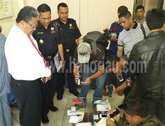 Total Sabu Diselundupkan dalam Pembalut & Bra dari Malaysia 1 Kg Lebih