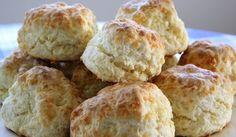 pandoro cheese scones