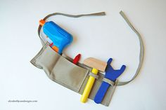 Kids Tool Belt - fun simple sewing craft for the little boys in our lives! | elizabethjoandesigns.com