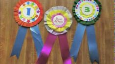 Learn how to make medallions out of crepe paper Paper Medallions, Birthday Badge, Crepe Paper, Princess Party, Cubbies, Baby Shower Themes, Make It Yourself, Woodland, Google Search