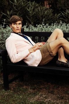 Oliver Cheshire & Reid Prebenda are in a Cheerful Mood for Henry Cotton's Spring/Summer 2013 Campaign Preppy Mens Fashion, Gents Fashion, Mens Fashion Week, Prep Fashion, Oliver Cheshire, Prep Style, British Men, Mens Outfitters, Mood