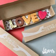 LOVE notes on friends and lovers month 💕🔥📦 #Brownieslamars #amoryamistad  Está es otra opción para regalar en el mes más dulce! 💌🍭 3012023523📞🥛