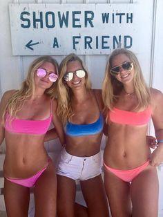 Pictures of girl having fun going out on the weekend Amazing Women, Beautiful Women, Bff Girls, Men Store, Bikinis, Swimwear, Swimsuits, Girls With Glasses, Bathing Beauties