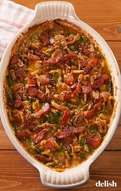 Loaded Green Bean Casserole Is SO Much Better Than The OriginalDelish Thanksgiving Side Dishes, Thanksgiving Recipes, Vegetable Side Dishes, Vegetable Recipes, Casserole Dishes, Casserole Recipes, Best Green Bean Casserole, Greenbean Casserole Recipe, Green Bean Recipes
