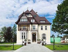 Das Steirerschlössl in Zeltweg - Hotel & Restaurant Style At Home, Hotels, Restaurant, Travel Style, Mansions, House Styles, Places, Austria, Germany