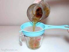 Making homemade night cream step Pour the liquid from your herbal infuser into a heaproof jug/beaker Cream For Oily Skin, Prevent Wrinkles, Homemade Skin Care, Anti Aging Skin Care, Skin Care Tips, Healthy Skin, Herbalism, Wrinkle Creams, Anti Wrinkle