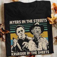 Horror Movies Funny, Halloween Horror Movies, Dark Colors, Light Colors, Horror Merch, Etsy Business, Michael Myers, Funny Design, Custom Shirts
