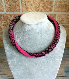 Beaded crochet necklace Pink lace by Vifslabeads on Etsy