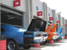 A community for fans of the classic Dodge Charger. Dodge Charger Daytona, Dodge Daytona, Dodge Muscle Cars, Us Cars, Amazing Cars, Awesome, American Muscle Cars, Cars And Motorcycles, Custom Motorcycles