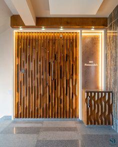 Main Door Design, Foyer Design, Entrance Design, Entrance Doors, Ceiling Design, Main Entrance, Front Doors, African Home Decor, Wooden Ceilings