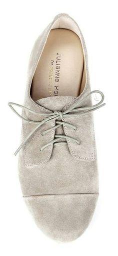 Grey suede // Oxford shoes