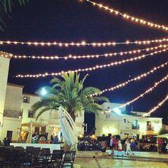 Plaza de la Iglesia de #Altea por @grenos8