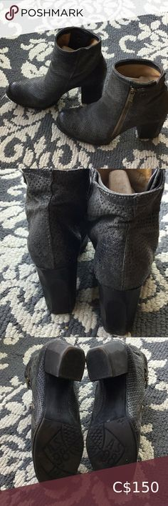 A.S.98 Grey boots in leather from Italy A.S.98 Nice grey boots, all in leather, like new, has that kind of look, they have been wore twice, very confortable but the heel is too high for me. The heel is 3.5 inches high and the size is 41. On the last picture you could see the pattern on the leather. It is 10/10! A.S.98 Shoes Heeled Boots Thigh High Boots Heels, Shoes Heels Boots, Heeled Boots, Slip On Boots, Dress With Boots, Grey Boots, Black Ankle Boots, Leather Wedges, Leather Boots