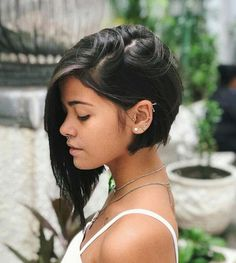 50 Eye Catching Asymmetrical Bob Hairstyles and Haircuts Short Hairstyles For Women, Pretty Hairstyles, Fashion Hairstyles, Popular Hairstyles, Grunge Hair, Brunette Hair, Hair Dos, Short Hair Cuts, Pixie Cuts