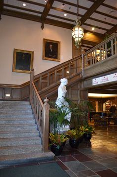 My own photo of the Foyer of Memorial Union Hall, Bloomington, IN. Hoosier Mama, East Chicago, Iu Hoosiers, Bloomington Indiana, Great Lakes Region, Home Again, Ohio River, Indiana University, Lake Michigan