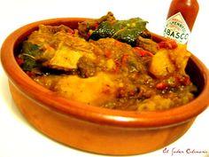 Caldereta o guiso de costillas de cerdo con patatas Thai Red Curry, Ethnic Recipes, Food, One Pot Dinners, Cooking Recipes, Meals, Rice, Pork Ribs, Dressmaking