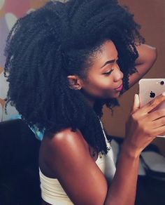 The Natural Hair Cheat Sheet! 20 Mind Blowing Ways to Grow Your hair! # monica lemonade Braids The Natural Hair Cheat Sheet! 20 Mind Blowing Ways to Grow Your hair! Long Natural Hair, Natural Hair Updo, Natural Hair Growth, Natural Hair Journey, Natural Hair Styles, Cabello Afro Natural, Pelo Natural, 4c Hair, Hair Dye