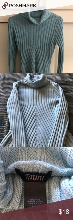 Sweater Very pretty v designed sweater with long cozy arms . Looks great with jeans or leggings and boots.  Accessories not included. Enjoy Taunt Sweaters Cowl & Turtlenecks