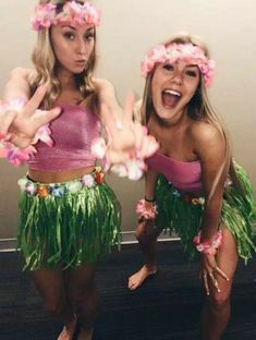 150 College Halloween Costume Ideas that will Make you Nail the Costume Game - E. - 150 College Halloween Costume Ideas that will Make you Nail the Costume Game – Ethinify Source by Larrjx Halloween Outfits, Best Friend Halloween Costumes, Cute Costumes, Halloween Costumes For Girls, Halloween Kostüm, Girl Costumes, Halloween Costumes For College, Matching Costumes, Costume For Girls