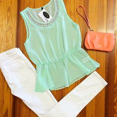 White skinny jeans, sheer mint peplum top, bright clutch | spring outfit