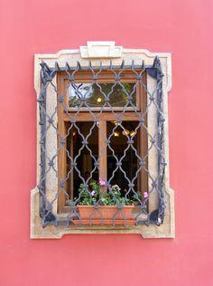 Vác, Hungary: Window covers