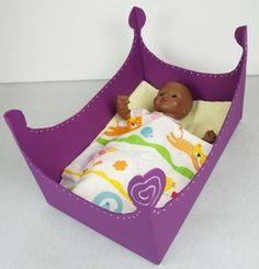 fabriquer un lit de poup e avec une bo te de cl mentines activit s manuelles pinterest. Black Bedroom Furniture Sets. Home Design Ideas