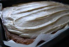 I dag er det utmatrikulering! Fest for å feire våre 5 år på NTNU, og ferdig/øyeblikk ferdig med masteren. Både oss som er studenter og våre gjester gleder oss til seremonien, vise frem arbeidsplass… Camembert Cheese, Ice Cream, Desserts, Food, No Churn Ice Cream, Tailgate Desserts, Deserts, Icecream Craft, Essen