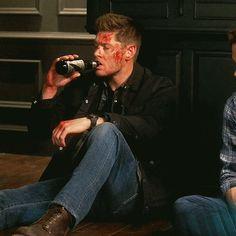 Supernatural Actors, Jensen Ackles Supernatural, Supernatural Pictures, Dean Winchester, Winchester Brothers, Super Natural, Destiel, Actors & Actresses, People
