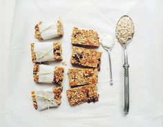 baked oatmeal bars with dried fruits (fat-free, no added sugar)