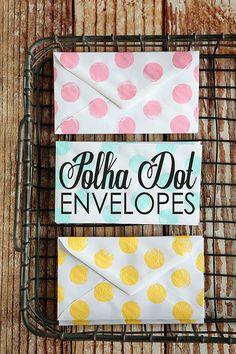 polka dots, dot envelop