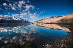 Reflection at Karakul lake [Border of China and Pakistan] by Vorravut Thanareukchai on 500px