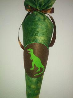 +Dinosaurier+Rex+dunkelgrün+Stoffschultüte+von+Zweigstelle+Stadtatelier+Eisvogel+auf+DaWanda.com