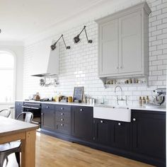 love the sink and subway tile