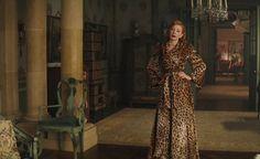 Lady-Tremain-in-her-leopard-coat-cinderella-2015-38164127-1680-1050.jpg (1147×700)